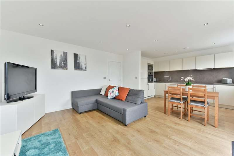 2 Bedrooms Apartment Flat for sale in Greenaway Apartments, Bedford Road, SW4