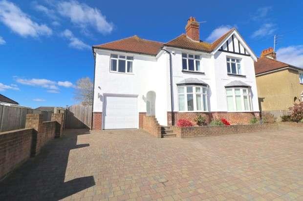 4 Bedrooms Detached House for sale in Eastbourne Road, Polegate, BN26
