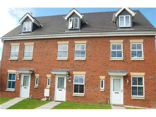 3 Bedrooms Terraced House for sale in Lavender Close, Oakley Vale, Corby