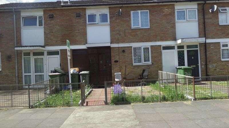 3 Bedrooms Terraced House for sale in Waddington Street, London