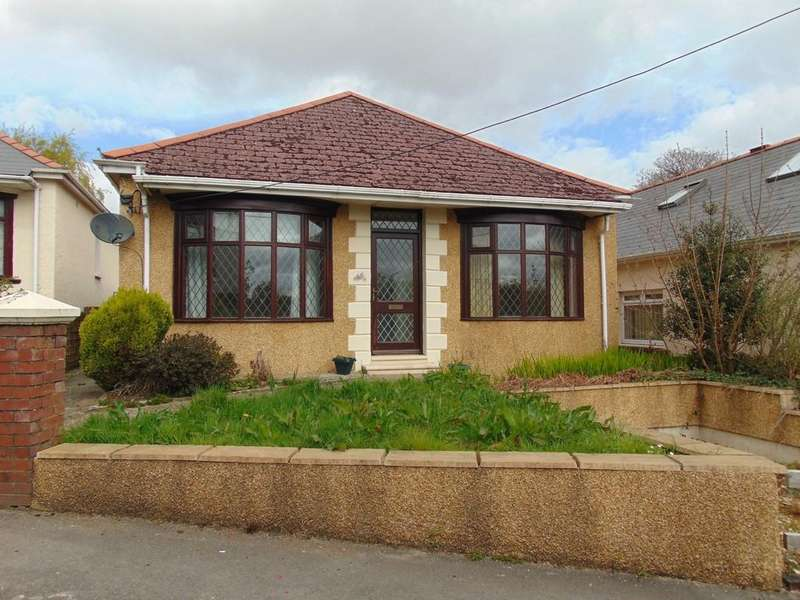 3 Bedrooms Detached Bungalow for sale in Bryngwyn Rd, Dafen, Llanelli, Carms