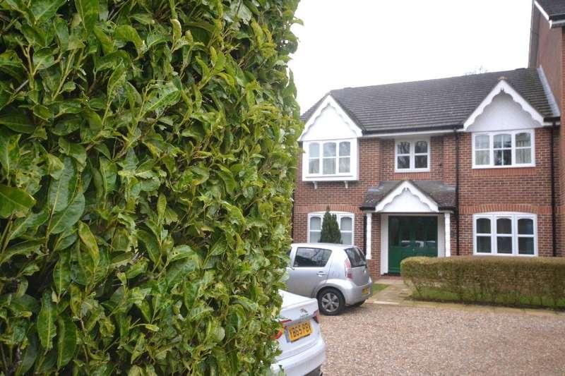 1 Bedroom Flat for sale in Foxlands Close, Leavesden, Watford