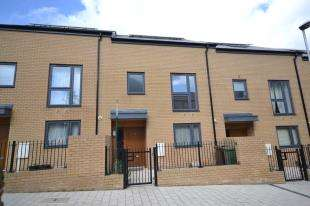 3 Bedrooms Terraced House for sale in Emerald Walk, Tunbridge Wells, Kent