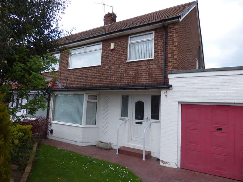 3 Bedrooms Semi Detached House for sale in Priestcrofts, Marske By The Sea