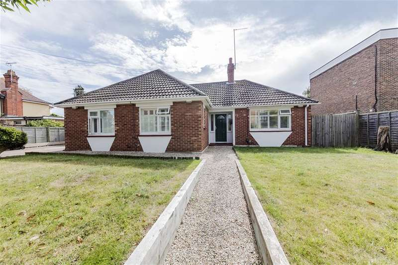 3 Bedrooms Bungalow for sale in Rugby Road, Worthing, West Sussex, BN11 4PZ