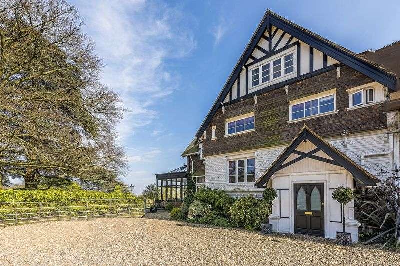 5 Bedrooms House for sale in Holmbury Road, Cranleigh, GU6