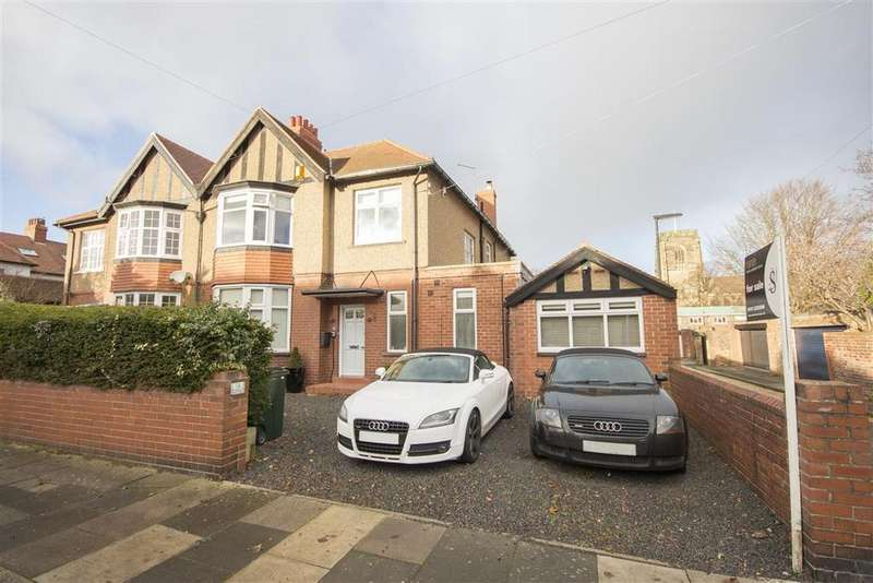 5 Bedrooms Semi Detached House for rent in Hawthorn Road West, Gosforth NE3