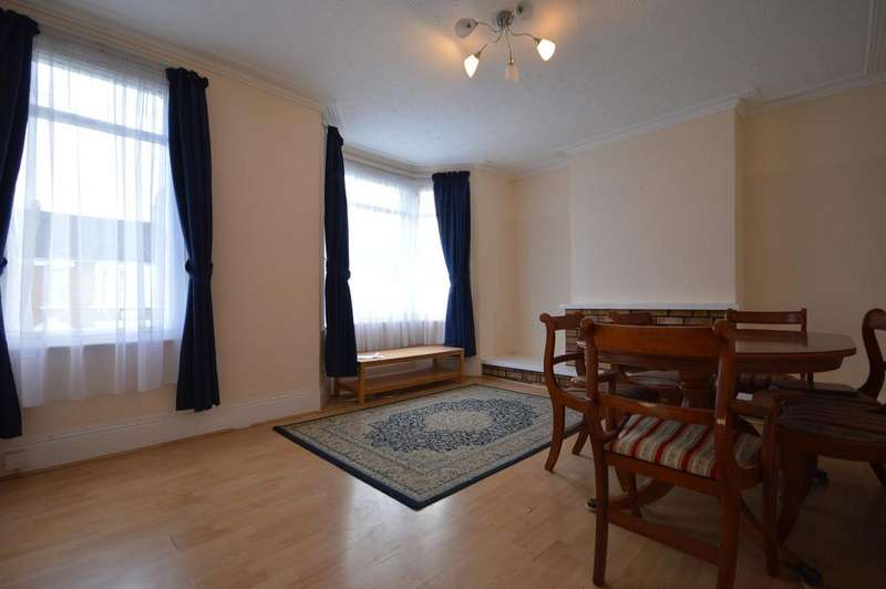 2 Bedrooms Flat for sale in Farley Road Catford SE6