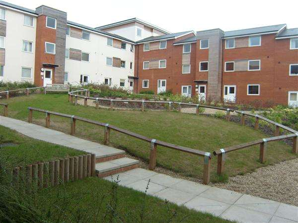 1 Bedroom Apartment Flat for sale in Pownall Road, Ipswich. More details at www.nicholasestates.co.uk