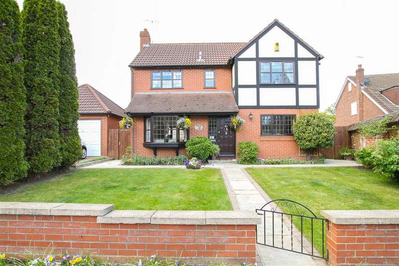 4 Bedrooms Detached House for sale in Church Lane, Doddinghurst, Brentwood