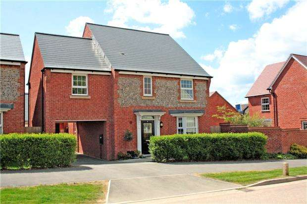 4 Bedrooms Detached House for sale in Alexander Avenue, Angmering, West Sussex, BN16