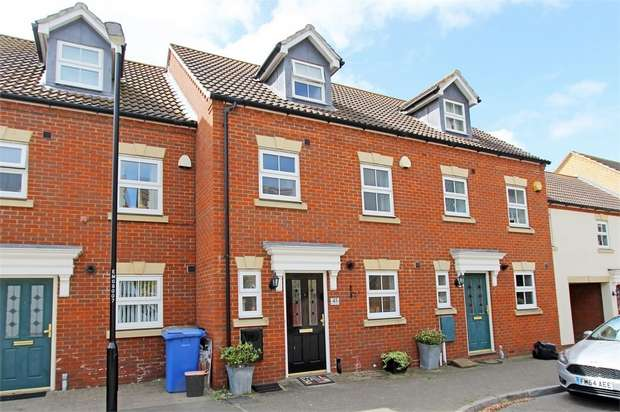 3 Bedrooms Terraced House for sale in Monarch Drive, Kemsley, Sittingbourne, Kent
