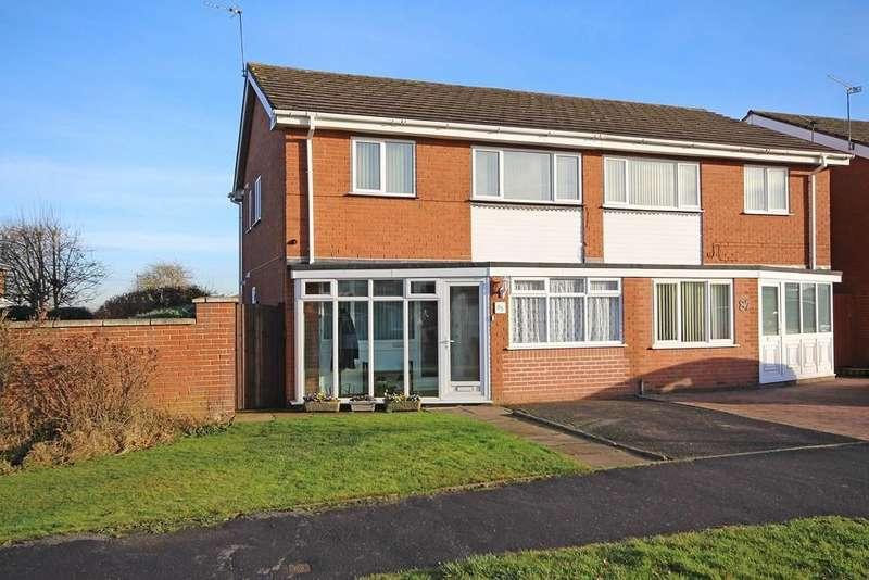 3 Bedrooms Semi Detached House for sale in Parklands Avenue, Leamington Spa
