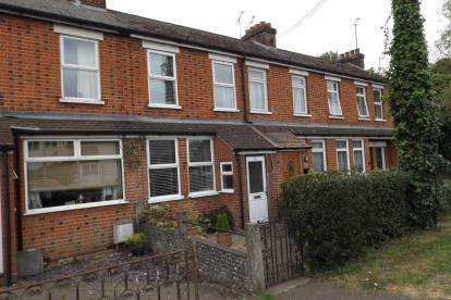 3 Bedrooms Terraced House for sale in Claydon, Ipswich, Suffolk