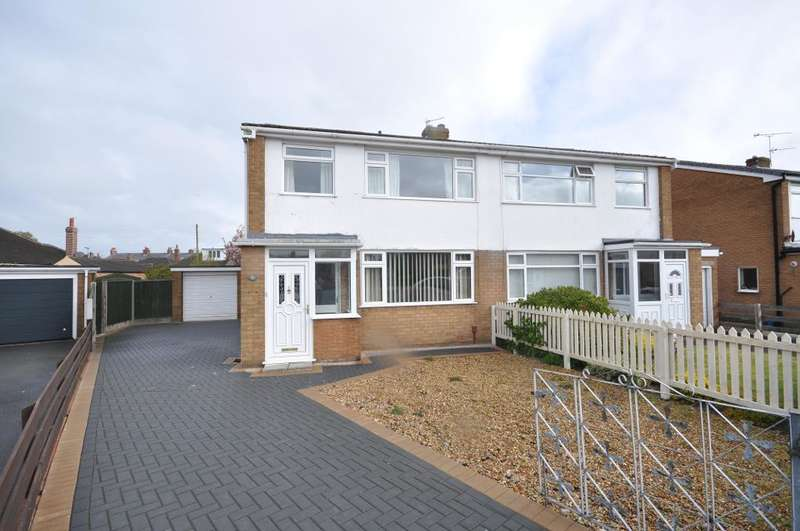 3 Bedrooms Semi Detached House for sale in Greenacres Avenue, Kirkham, Preston, Lancashire, PR4 2TX