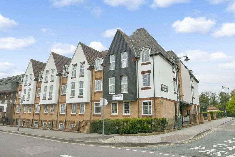 1 Bedroom Retirement Property for sale in Homeregal House, Rayleigh, SS6 7ED