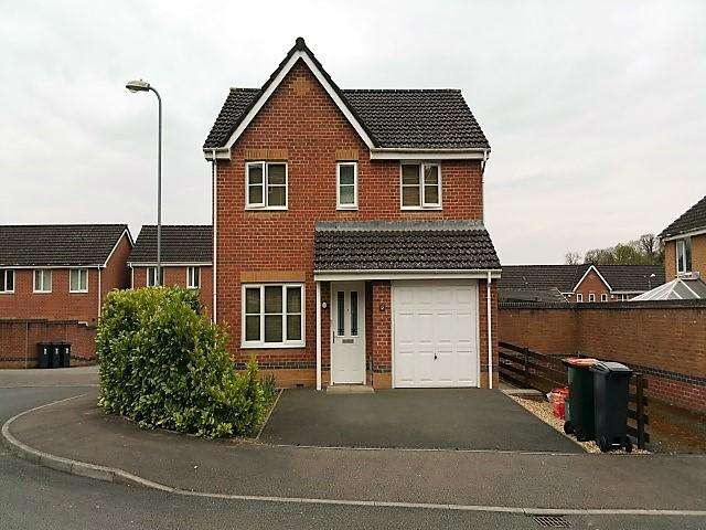 4 Bedrooms Detached House for sale in Bishpool View, off Chepstow Road, NEWPORT NP19