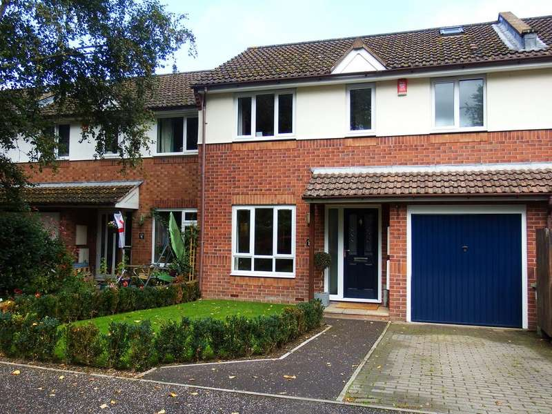 3 Bedrooms Terraced House for rent in Old Ide Lane, Ide, Exeter EX2
