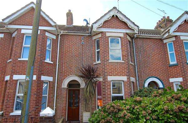 3 Bedrooms Terraced House for sale in St Margarets Road, Poole
