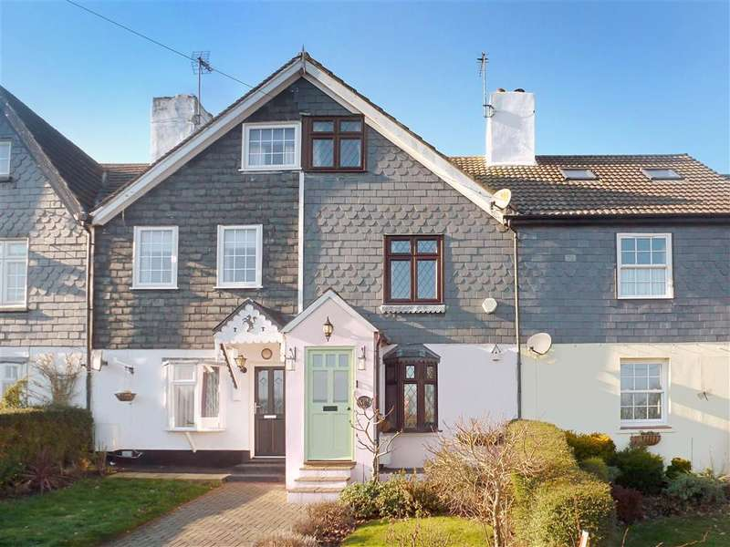 2 Bedrooms Terraced House for sale in Fawkham Road, West Kingsdown, Sevenoaks, Kent
