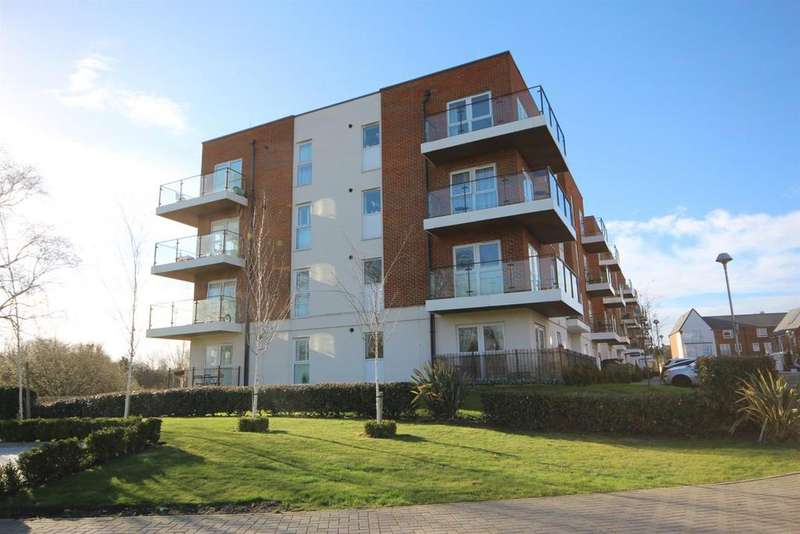 1 Bedroom Flat for sale in Alcock Crescent, Crayford