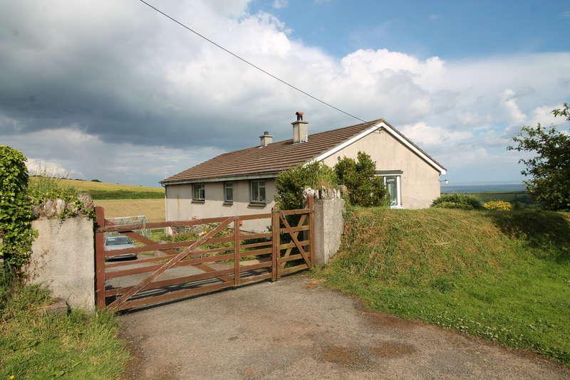 3 Bedrooms Detached Bungalow for sale in Higher Poole, Slapton, Kingsbridge
