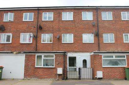 5 Bedrooms Terraced House for sale in Stratford, London, England