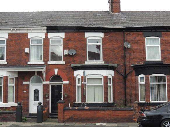 4 Bedrooms Terraced House for sale in Edge Lane, Manchester, M43 6LG