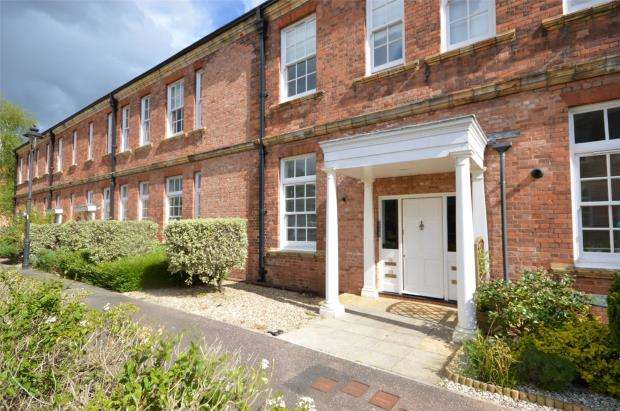 1 Bedroom Flat for sale in South Grange, Clyst Heath, Exeter, Devon