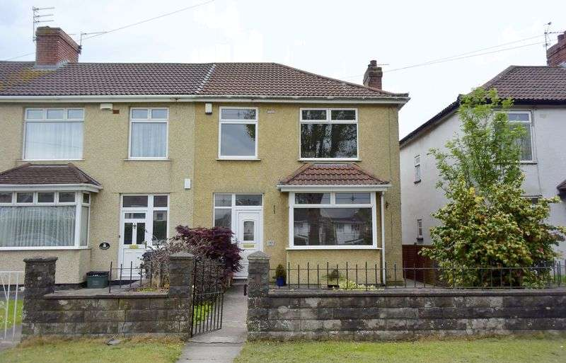 3 Bedrooms Terraced House for sale in Kingsway, Bristol, BS5 8NQ