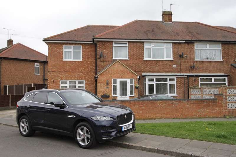 4 Bedrooms Semi Detached House for sale in Sherborne Road, Feltham, London, TW14