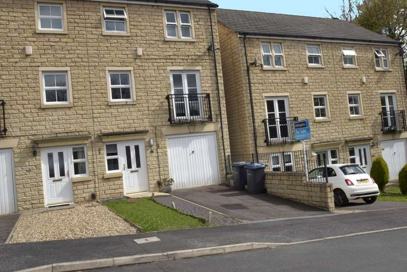 4 Bedrooms Semi Detached House for sale in Wensleydale Way, East Morton