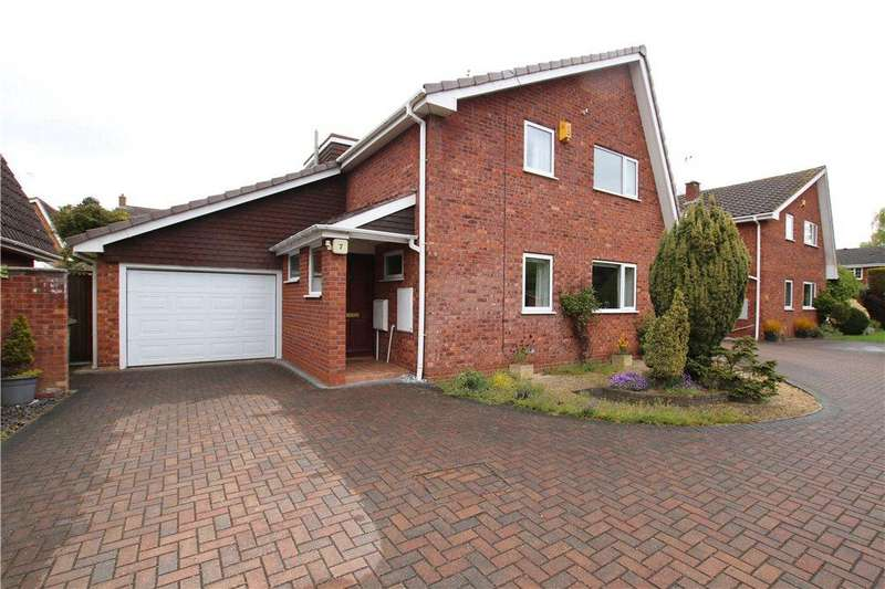 4 Bedrooms Detached House for sale in Kimberley Close, Church Hill North, Redditch, Worcestershire, B98
