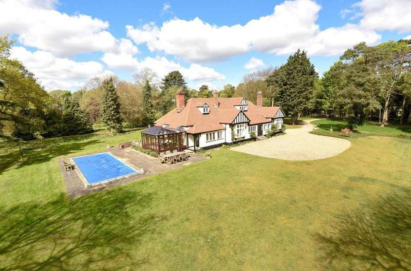 4 Bedrooms Detached House for sale in Golf Links Road, Worlington, Bury St Edmunds, Suffolk, IP28