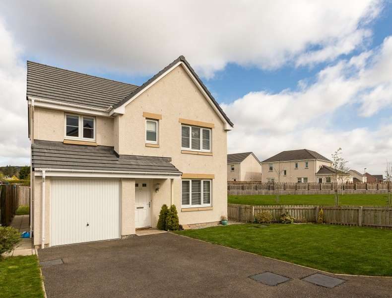 4 Bedrooms Detached House for sale in Orchard Way, Inchture, Perth, PH14 9RU