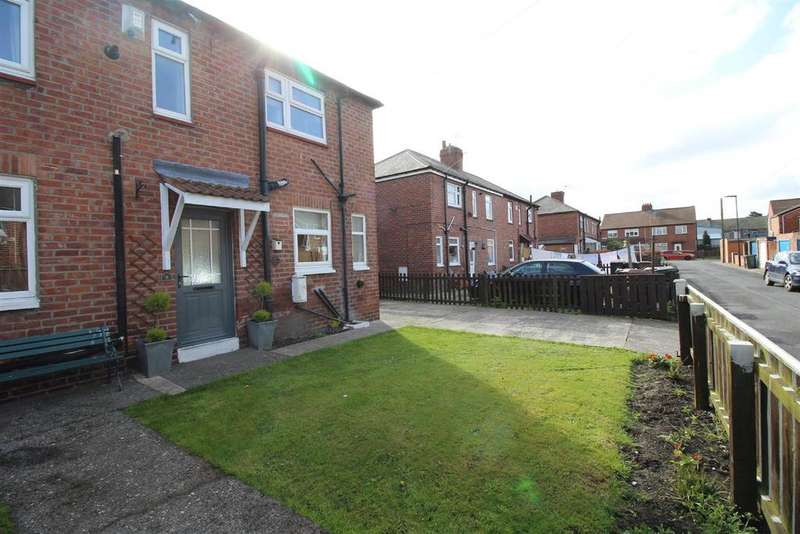 3 Bedrooms Semi Detached House for sale in Fairfield Avenue, Forest Hall, Newcastle Upon Tyne
