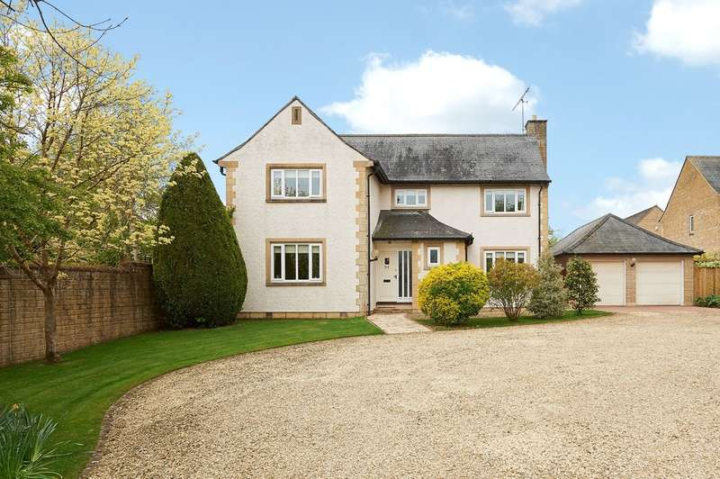 4 Bedrooms Detached House for sale in Woodlands, Corsham
