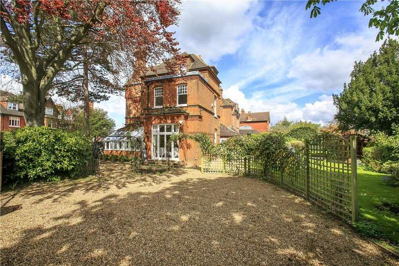 7 Bedrooms Detached House for sale in Strawberry Hill Road, Twickenham, TW1