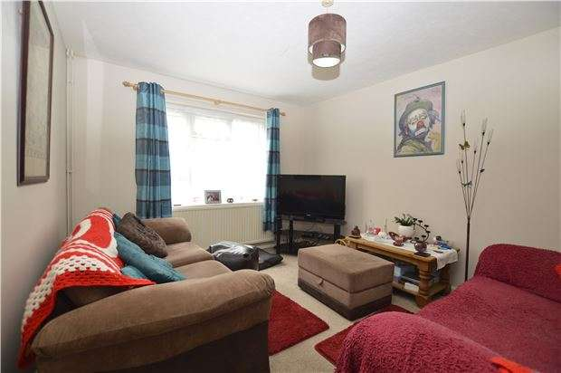 2 Bedrooms Terraced House for sale in Chatfield Close, ST LEONARDS-ON-SEA, East Sussex, TN38 9SF