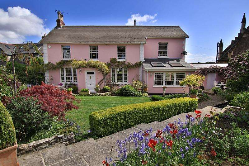 4 Bedrooms Detached House for sale in Kynance House, The Mount, Dinas Powys, The Vale Of Glamorgan. CF64 4DG
