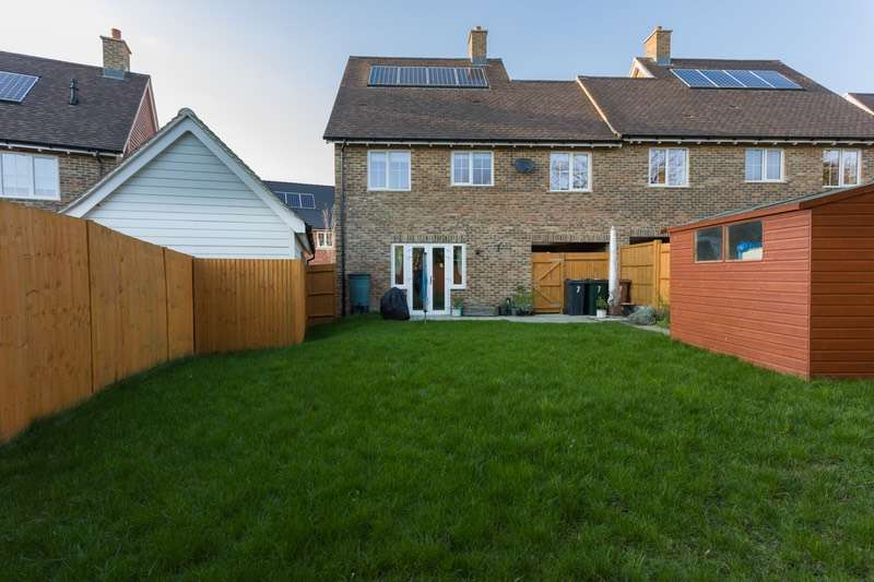 3 Bedrooms Link Detached House for sale in Horwood Way, Harrietsham, Maidstone, Kent, ME17