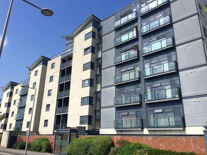 2 Bedrooms Apartment Flat for sale in Altamar Kings Road, Swansea, City County of Swansea. SA1 8PP