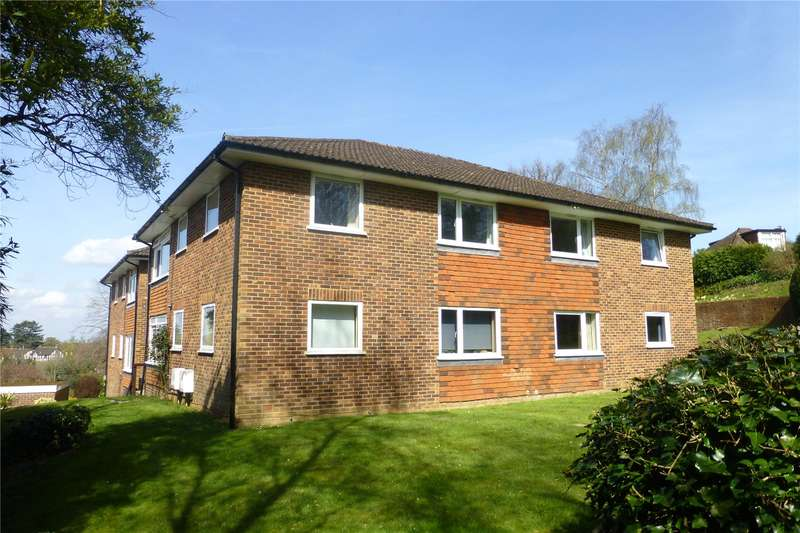 2 Bedrooms Flat for sale in Priory Court, Tower Hill, Dorking, Surrey, RH4