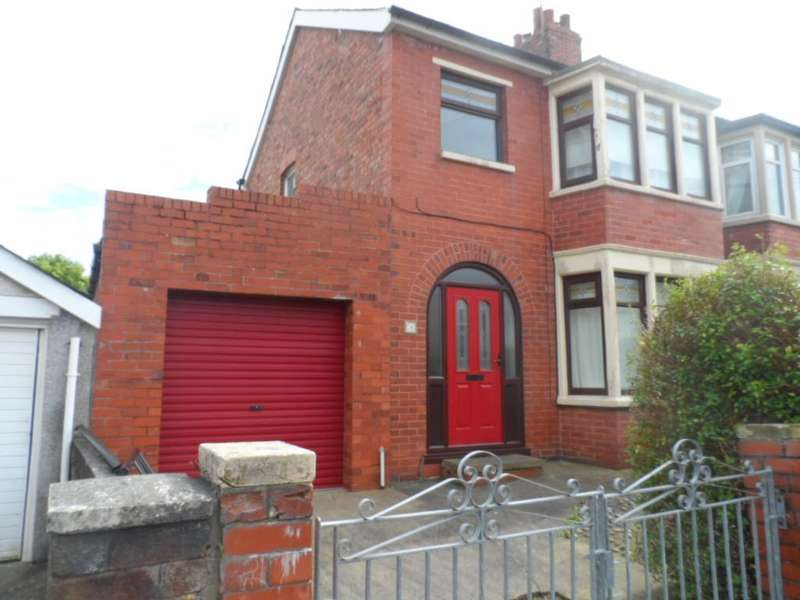 3 Bedrooms Terraced House for sale in Ramsey Avenue, Blackpool, FY3 7AH