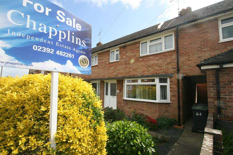 3 Bedrooms Property for sale in Parkhouse Farm Way, Havant