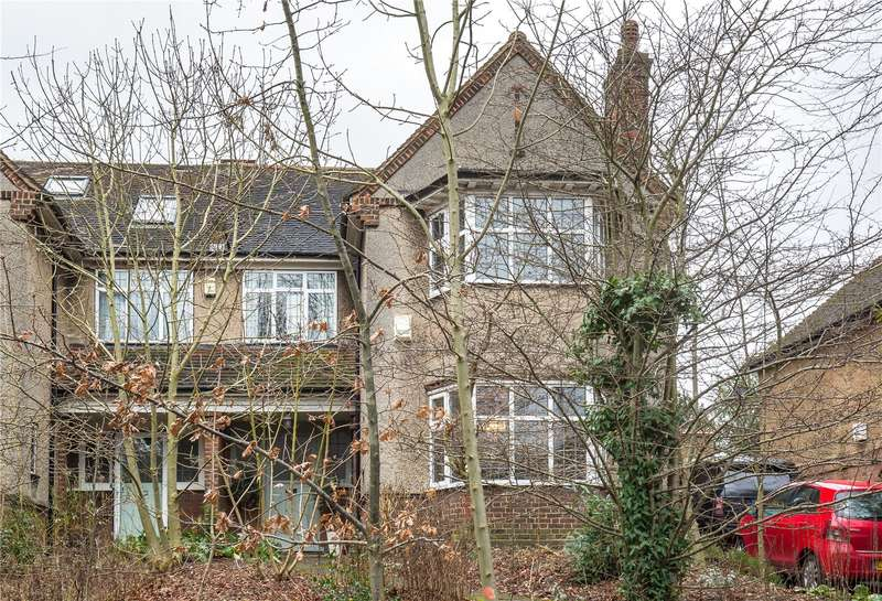 4 Bedrooms Semi Detached House for sale in Woodside Grange Road, Woodside Park, London, N12