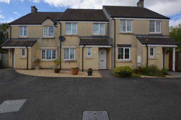 2 Bedrooms Terraced House for sale in Grassmere Way, Pillmere, Saltash, Cornwall