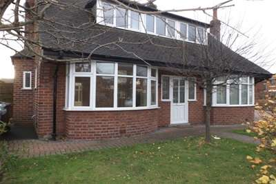 3 Bedrooms Bungalow for rent in Banbury Road, St Annes