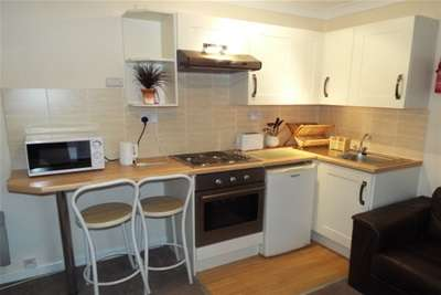 Flat for rent in Bridge Terrace, Central