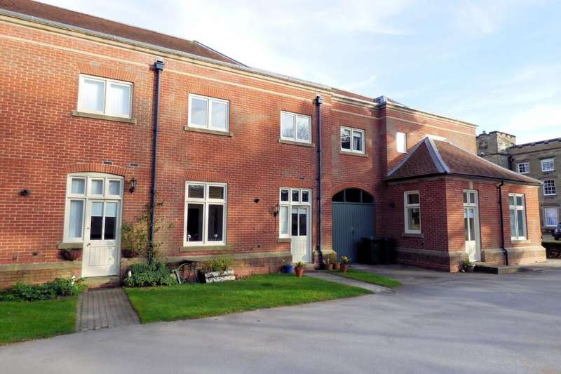 3 Bedrooms Mews House for sale in Carnarvon Court, Burton-on-Trent